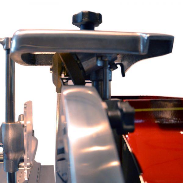 Trancheuse-Volant-Roussey-Rouge-Zoom-Affuteur-2